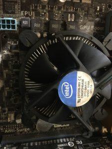 CPU取り付け①